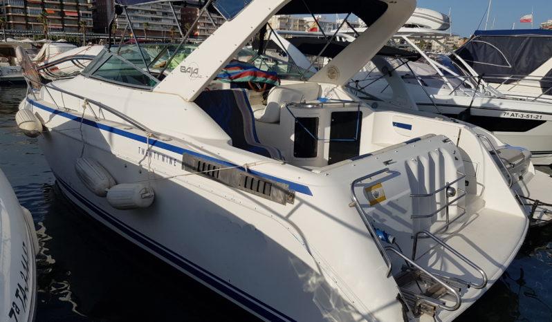 Lancah con camarote del astillero Baja Yachts